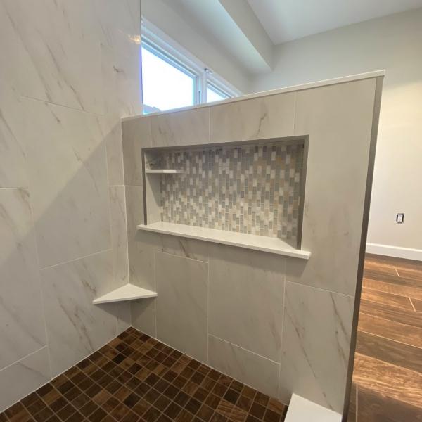 shower niche , knee wall